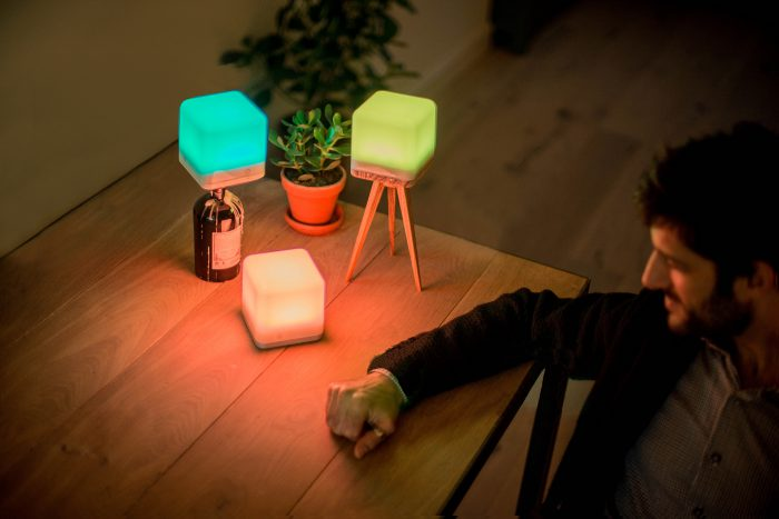 Lucis-wireless-innovative-lamp-5